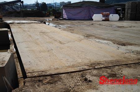 7月3日上海华阳路严经理采购1台14米100T二手地磅