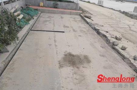 7月9日宁波北仑区华经理采购1台80吨2手地磅